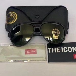 Ray-Ban RB4125 Polarized Classic glasses 59MM